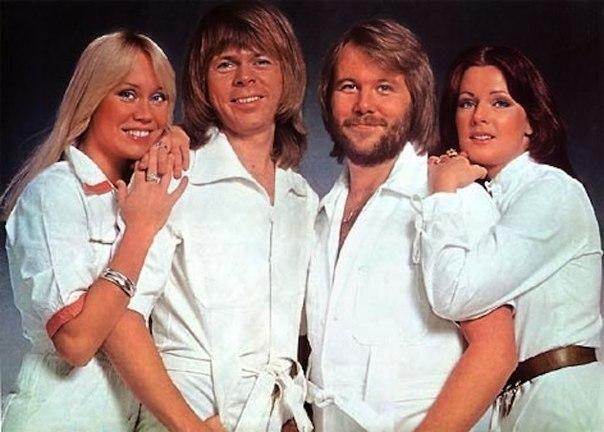 ABBA (рус А́ББА) шведский музыкальный квартет, существовавший в 19721982 годах и названный по первым буквам имён исполнителей: Агнета Фельтског, Бьорн Ульвеус, Бенни Андерссон, Анни-Фрид