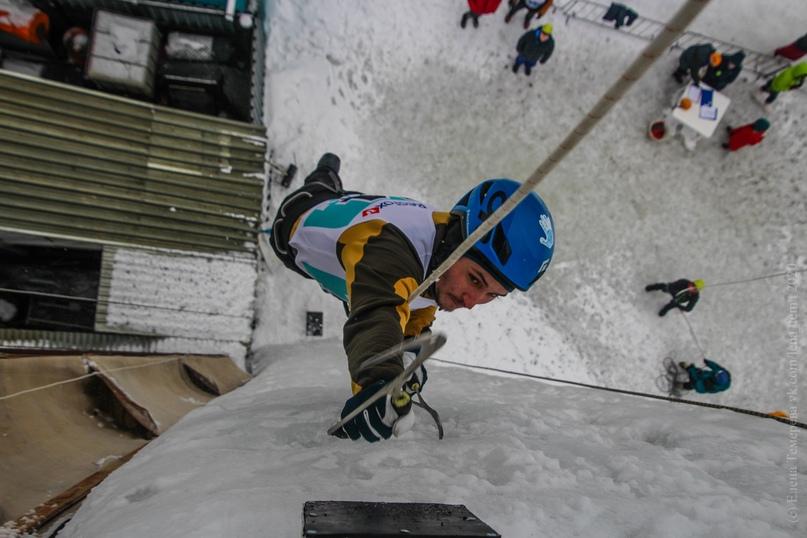 Главные отечественные ледолазные старты сезона финишировали в городе Кирове в минувшие выходные – чемпионат и первенство России по альпинизму. Всем было что доказывать и что терять…, изображение №64
