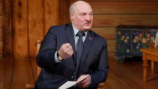 Лукашенко: Я не сахар, чтобы лизали и сладко было! Страну должен удерживать! / Визит в Купаловский