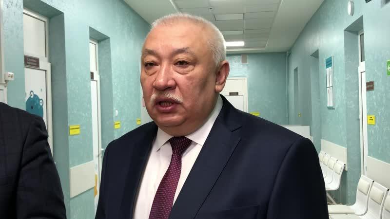 Главврач петербургской поликлиники № 37 получил почетную награду за достижения в педиатрии