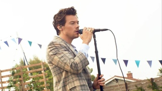 Harry Styles - Golden Live At iHeartRadio Jingle Ball 2020 (Best Quality)