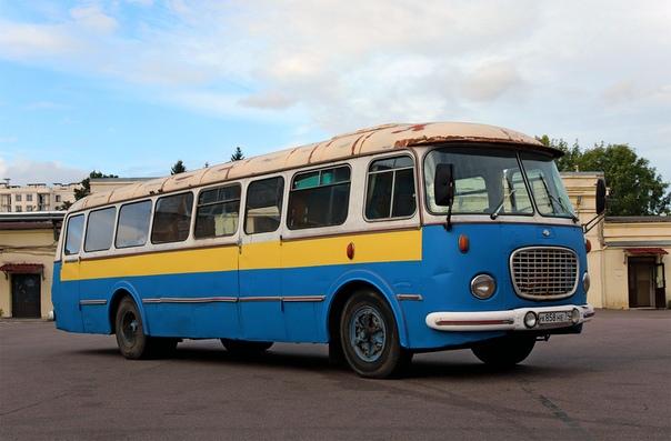 ШКОДА 706 RTO  Фотография в Автобусном парке № 1 Санкт-Петербурга 11 сентября 2020 года.