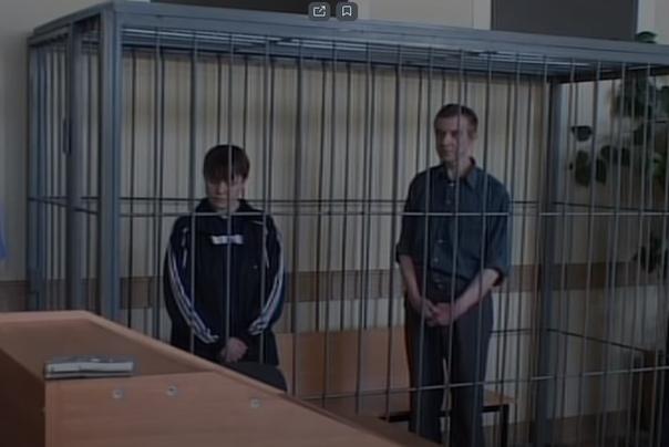 Скопинский маньяк Виктор Мохов, которого осудили на 17 лет за то, что он удерживал 3,5 года двух девушек в секс-рабстве, пытается выйти на связь с рязанкой, которая была одной из его жертв
