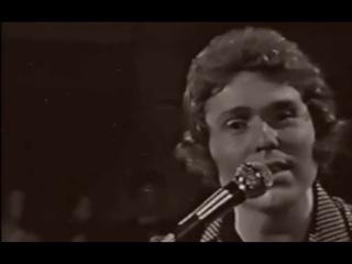 """Рафаэль: Raphael: """"Las acacias"""" en """"Show de las estrellas"""" (Colombia). 1979"""
