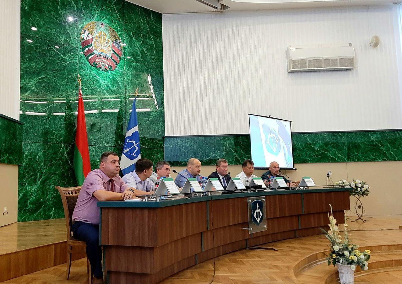 Рогачук уверил журналистов, что вопрос с задержанием Коршунова держит на контроле