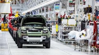 Заводы Jaguar и Land Rover останавливаются из-за нехватки чипов