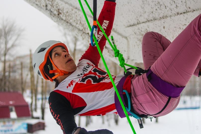 Главные отечественные ледолазные старты сезона финишировали в городе Кирове в минувшие выходные – чемпионат и первенство России по альпинизму. Всем было что доказывать и что терять…, изображение №41