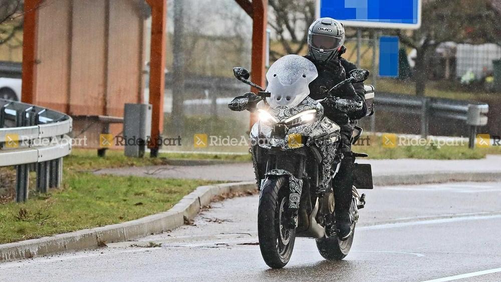 Шпионские фото Ducati V4 Multistrada 2021