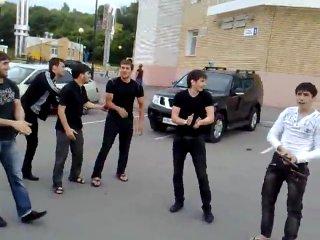 ЛЕЗГИНКА В ЧЕБОКСАРАХ, ПОД СТРЕЛЬБУ!!КАВКАЗ СИЛА!!!