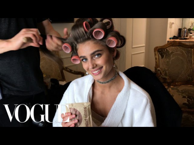 Bergdorf! Bodegas! Hot Cheetos! Taylor Hill Is the Supermodel Next Door   Vogue