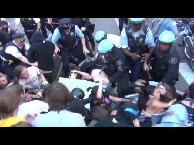 WSPD разгоняет протестующих в Вашингтоне в мае 2012 года