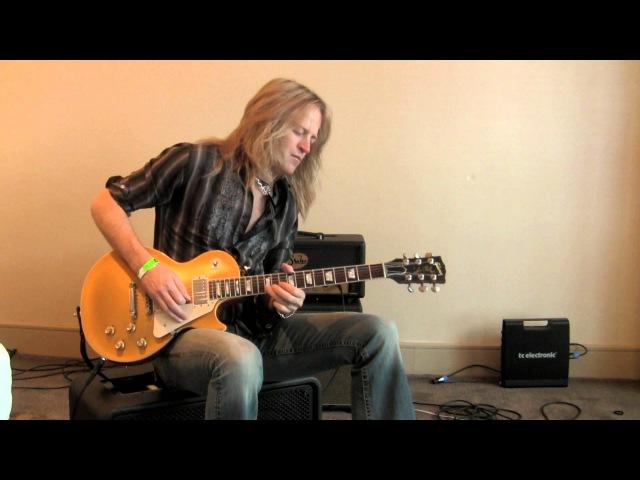 Doug Aldrich (Whitesnake) Slow Blues Loop using Ditto Looper Flashback x4 Download