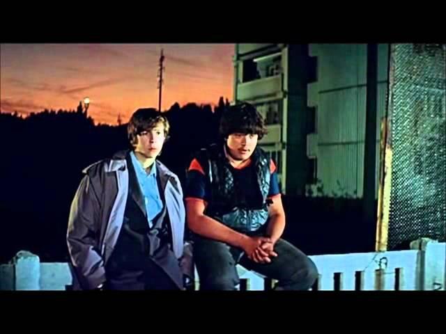 А о чём ты мечтаешь? Отрывок из фильма Курьер, 1986