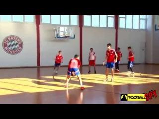 Звезды Баварии играют в баскетбол