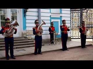 Духовой оркестр у Екатерининского дворца.   Духовая музыка.