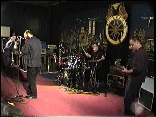 Lungfish live on 5.12.1998 in MD. Complete Set !