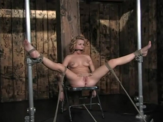 Lexi belle..... gets whipped + slave