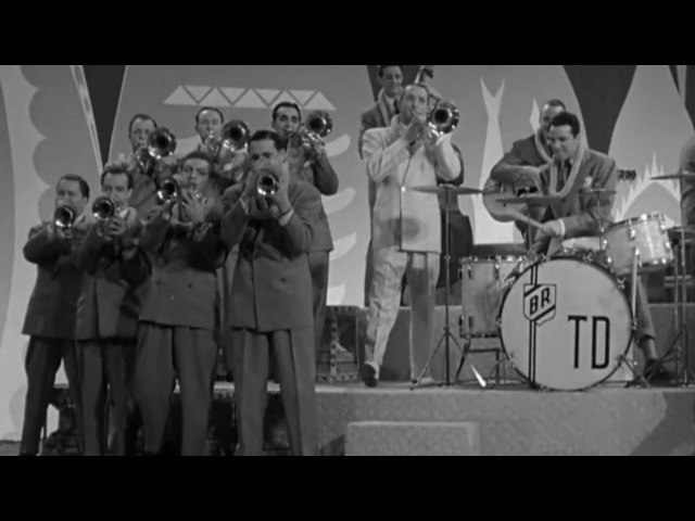 Film Clip: Hawaiian War Chant Tommy Dorsey and his Orchestra 1942 США.