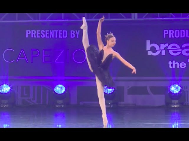 Sophia Lucia - Pointe Solo - DancerPalooza Beat Squad Performance 2016