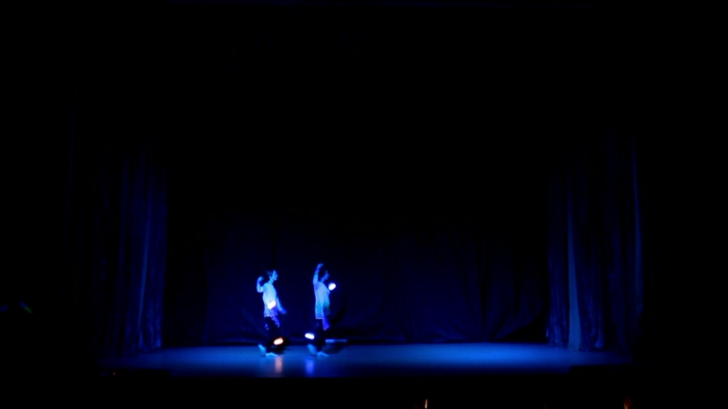 Алёна Горошкова и Карина Кархалёва Magic eight Блики на воде ELFest 2017 смотреть онлайн без регистрации