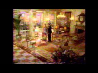 1995 Pizza Hut Commercial (Stuffed Crust: Donald and Ivana Trump)