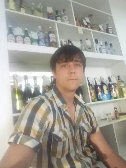 Artem, 27, Konstantinovskoye