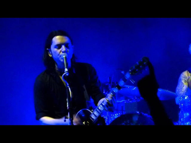 Placebo - Running Up That Hill (Kate Bush cover) live, Manchester O2 Apollo 14-12-13