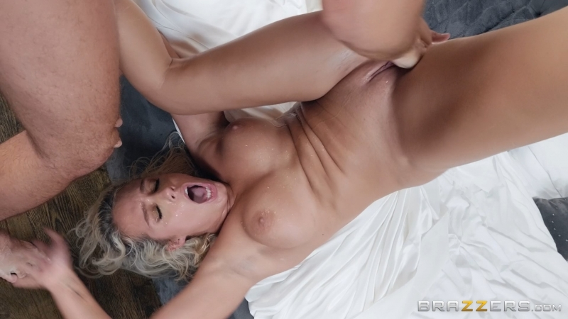 Athena Palomino (Turn Me Off And On Again)[2018, Big Dick Worship,Big Tits Worship,Blowjob POV,Couples Fantasies,Squirt, 1080p]