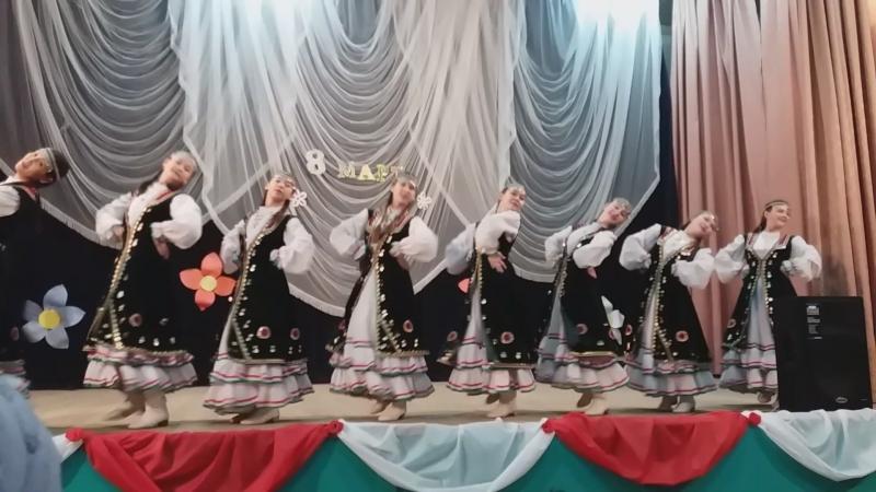 Ансамбль Гөлкәй - танец Тыпырҙаҡ