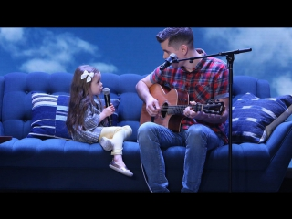 Adorable Singing Father-Daughter Duo Performs 'You've Got a Friend in Me' RUS SUB