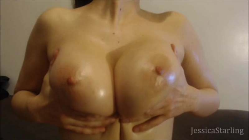 Mаnу Vids Jеssiса Stаrling Oiled Up Natural Breast Worship (480p) Amateur, Busty Teen, Solo, Teasing,