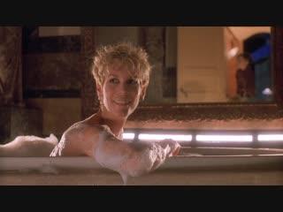 "Джейми Ли Кёртис (Jamie Lee Curtis nude scenes in ""Mother's Boys"" 1993)"
