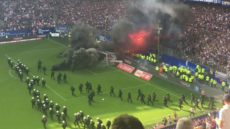 Hamburger SV - Borussia Mönchengladbach | Pyro-Krawalle Spielunterbrechung | 12.05.2018