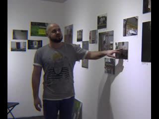 Путешественник собрал коллекцию фотографий надписей на стенах со всей страны