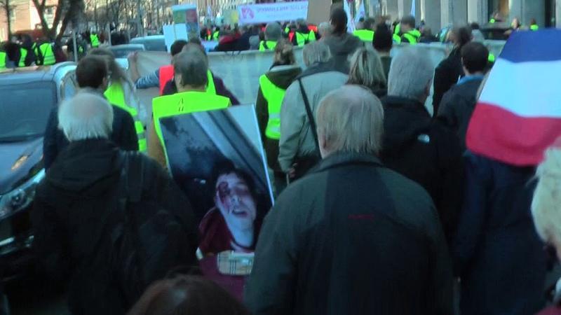 Gelbe Westen Aufstehen Berlin live Vereinigt Euch ALLE zur Befreiung aus der Diktatur