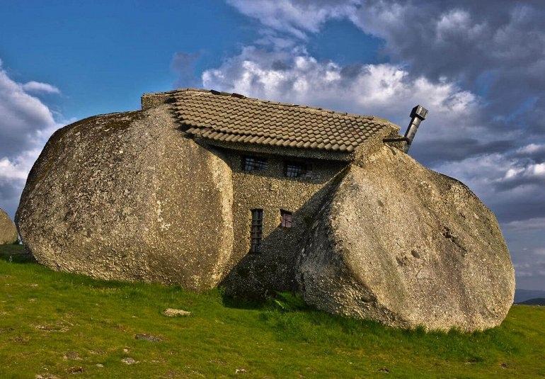 Каса Пенедо - португальский Каменный Замок, изображение №1