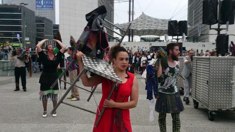 Compagnie Oposito - Kori Kori 8/12 Exode, La Défense Tours Circus, Paris, 2014-09-04