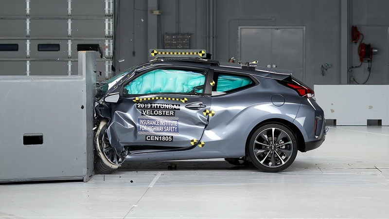 2019 Hyundai Veloster driver side small overlap IIHS crash test