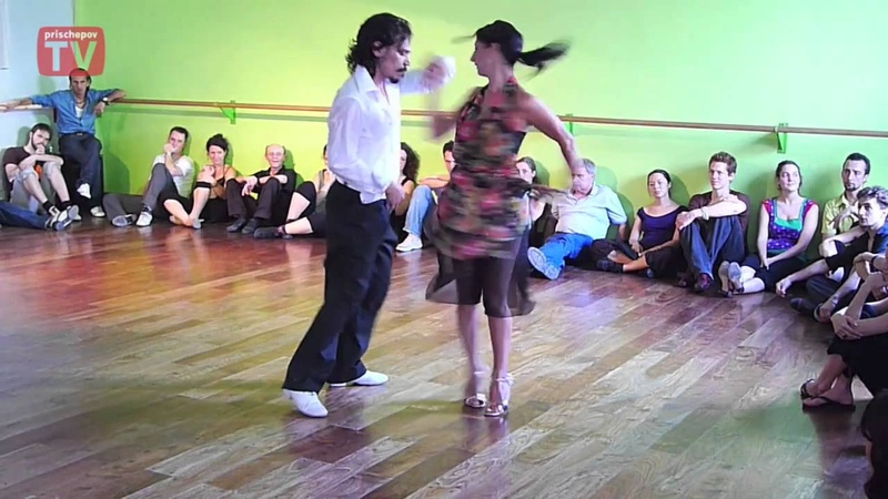 Gaston Torelli y Moira Castellano DNI Tango Studio Buenos Aires, Argentina February 2010 (5)