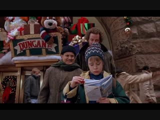 Home Alone 2 (burglers meet Kevin) movie clip