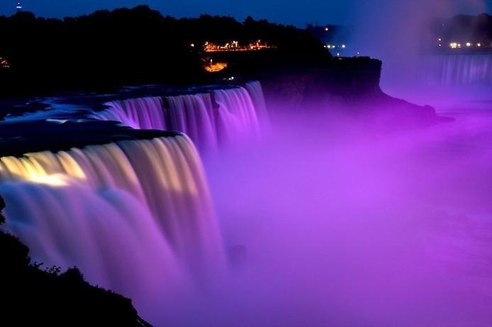 Световое шоу Ниагарского водопада, изображение №2