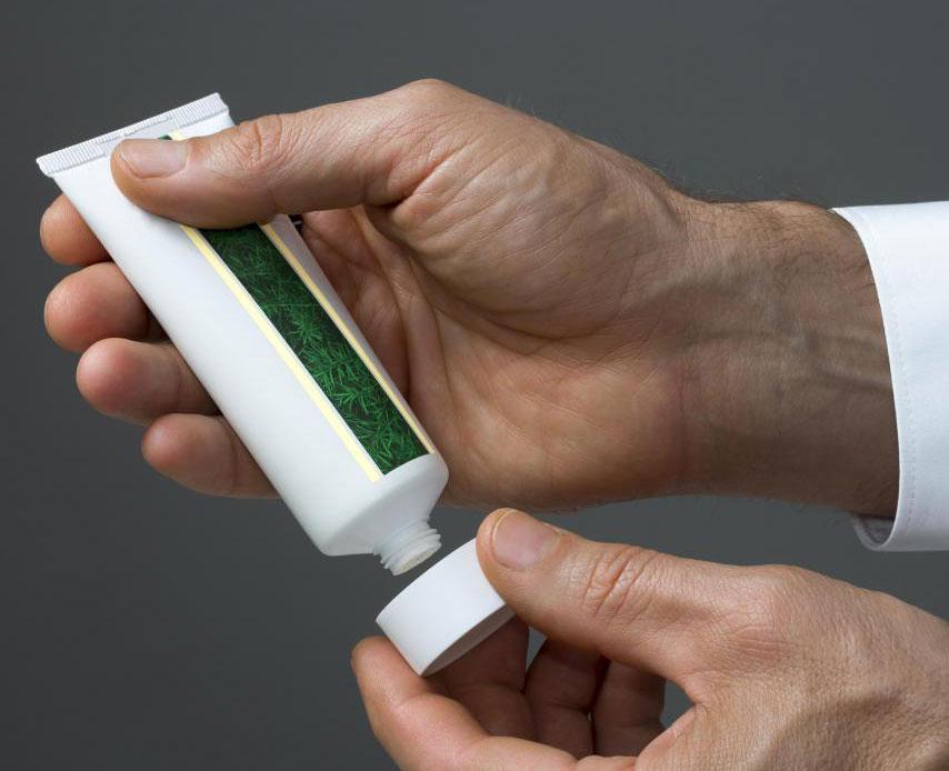 Дерматолог может предоставить пациентам план лечения рубцов.