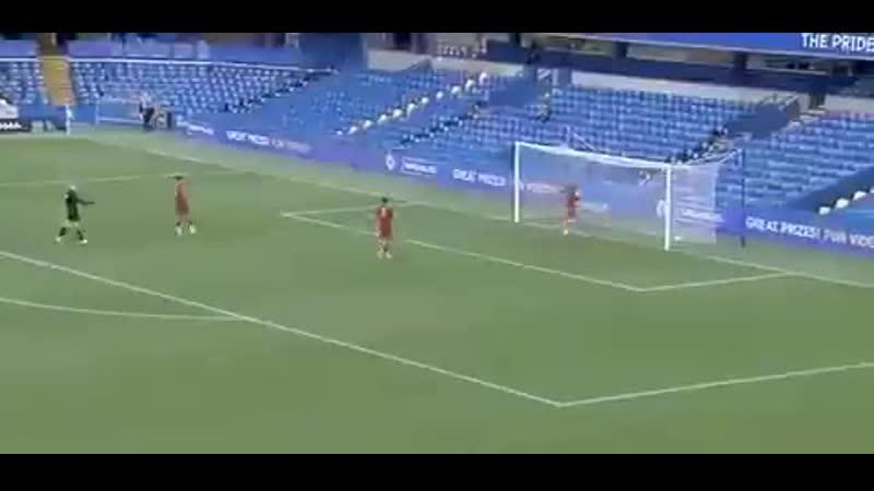 Батшуайи забивает шикарный голешник за игроков Челси U-23