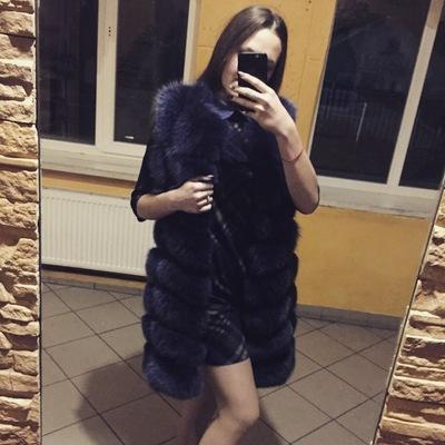 Людмила Золотарь
