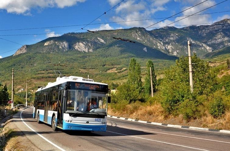 10 причин поехать на отдых в Крым