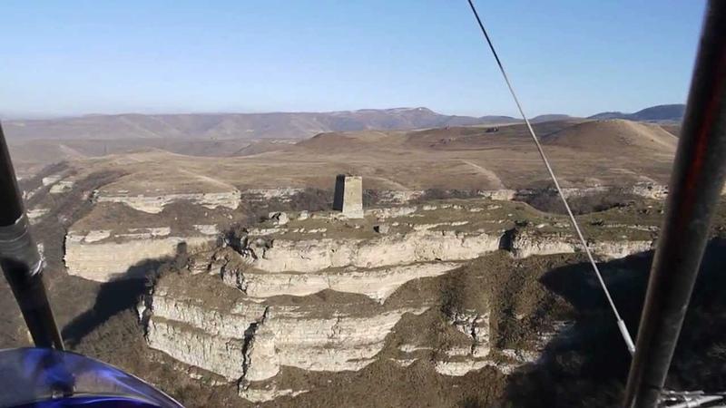 На дельталёте над а Хабез КЧР башня Адиюх