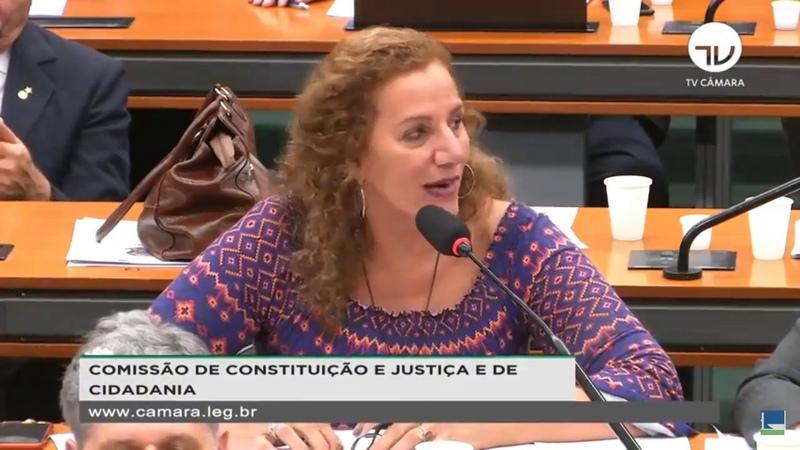 Jandira Feghali peita Moro e o desafia a assinar documento sobre Telegram