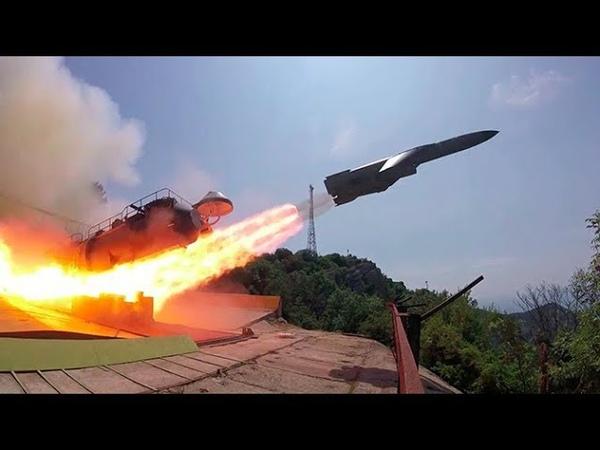 Утес против Адмирала Макарова ракетные стрельбы у Черного моря