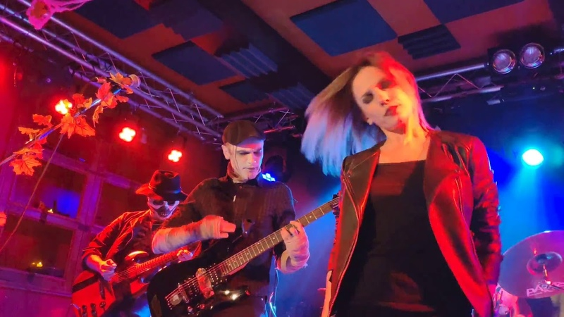 Molly Fancher - Howling at the moon @ Lions Head Club (Moscow) 12/10/2019