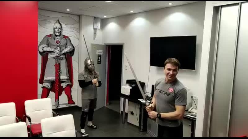 Доблестный рыцарь, сэр Артем Ланселот Шабулин! 🤣
